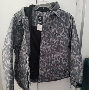 Pulse snow jacket in youth large